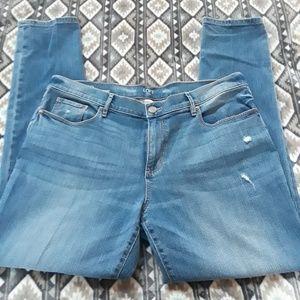 Anne Taylor LOFT Outlet Girlfriend Jeans